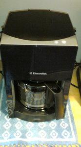 20091212coffeemakers (1).JPG